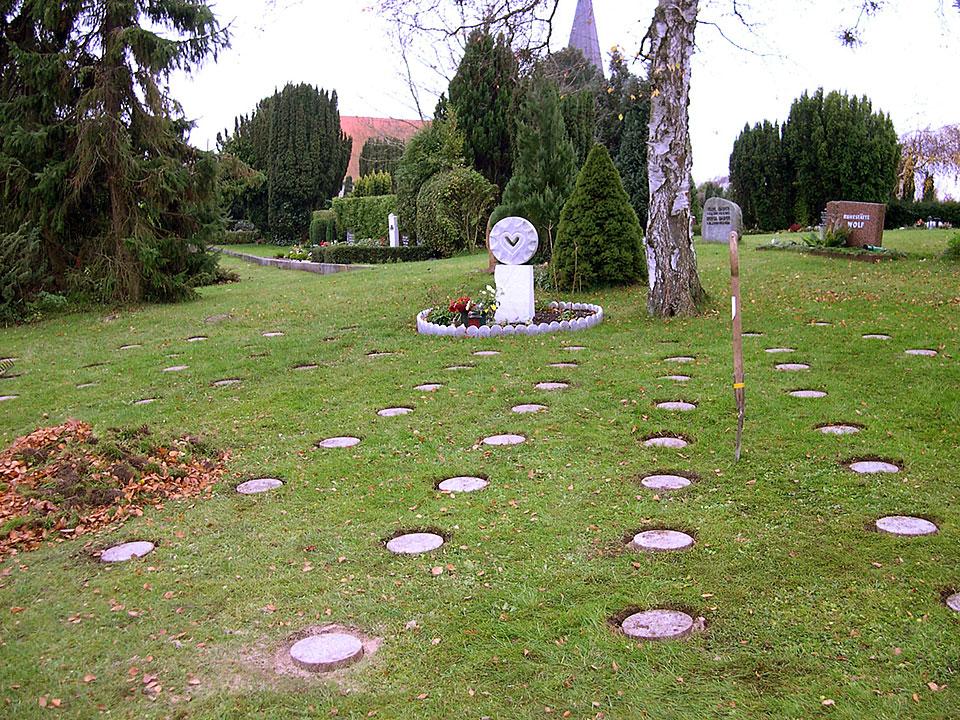 Begräbnis- und Erinnerungsplatz für früh- und totgeborene Kinder